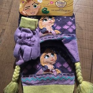 Rapunzel Toddler Hat, Gloves, & Scarf